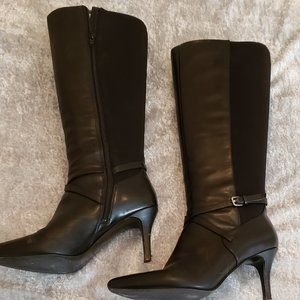 Nine West Black Knee-High Boots (Size 8)